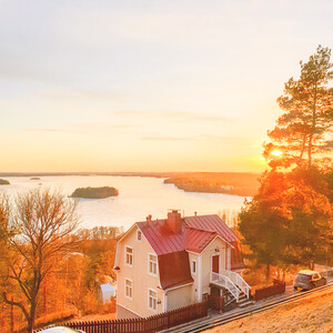 Instagrammable Pispala - colourful houses and lake sceneries, Tampere