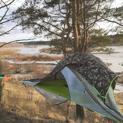 Tentsile accommodation - experience night for 2 person