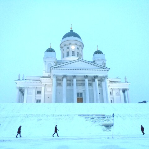 Online Live walking guided tour in the heart of Helsinki
