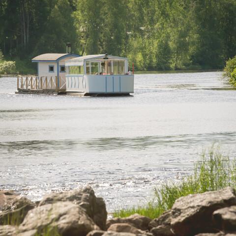 Summer river cruise on the Siikajoki