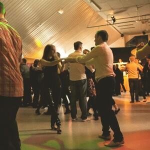 Dancing in the Pavilion, Hietama