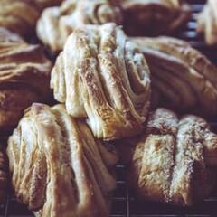 Let´s bake traditional Finnish cinnamon buns