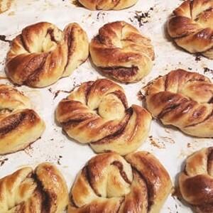 Lets bake some cinnamon rolls (ONLINE), Laukaa