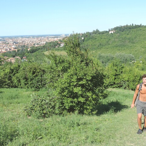 Trekking on Bologna's hills