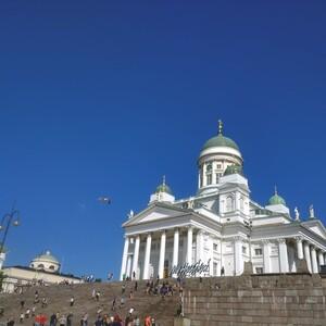 City walk with Finnish music, Helsinki