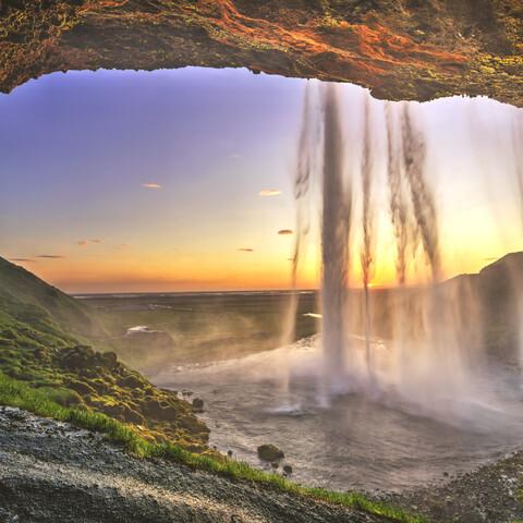 * täynnä * Islannin ympäri - uniikki roadtrip