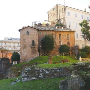 Taste, visit and discover the unknown corners of Rome, Rome