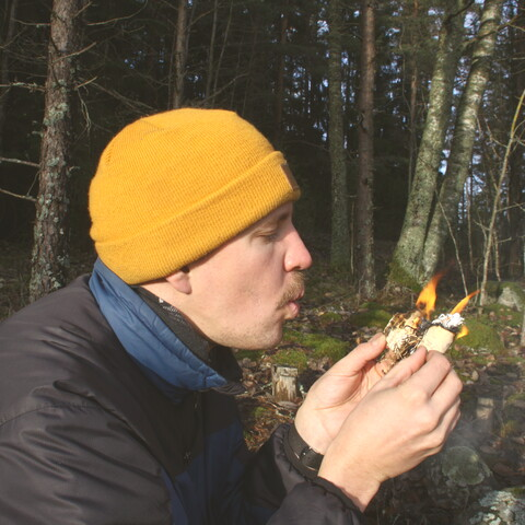 Learning Finnish Bushcraft Skills