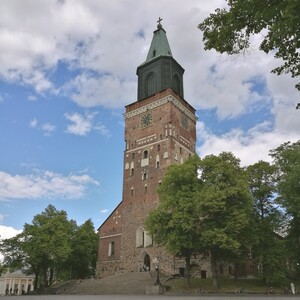 From Cathedral to Castle - hike and hear!, Turku