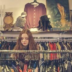 Second-hand store tour in Hämeenlinna