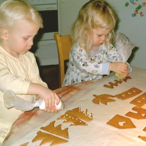 Joulupipareiden leivonta