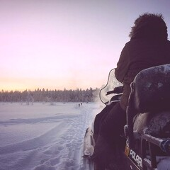 Sleigh ride with the snowmobile