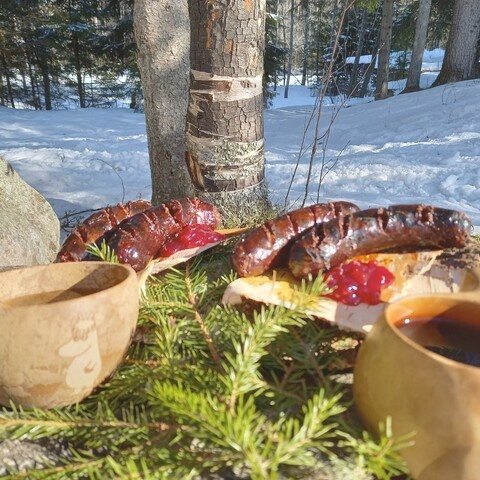 Delicious foodpackage for Outdoor hotel visitors sat-sun