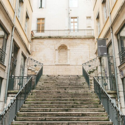 Lyon stairs challenge