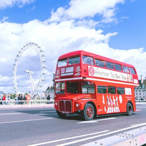 Brigit's Afternoon Tea Bus Tour