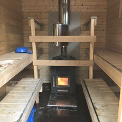 Trailer sauna experience with guidance