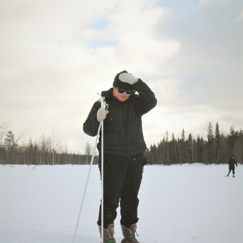 Midwinter snowshoeing