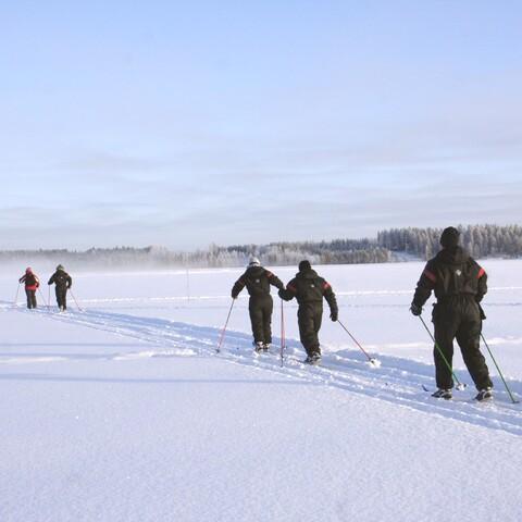 Cross-country ski set rental