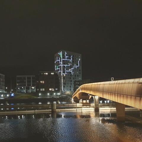 Joensuun valot – tunnelmallinen kävelykierros syysillassa