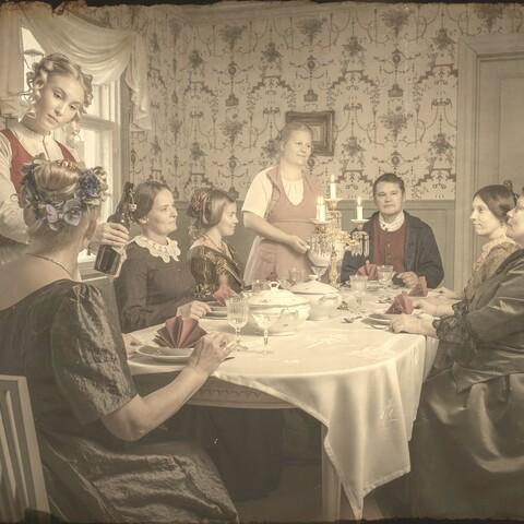 Historiallinen keisarin mysteeri-illallinen Raahessa