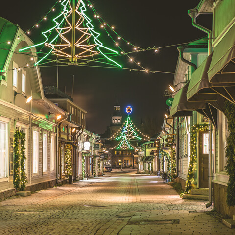 Guided Christmas Themed Tour in Old Rauma