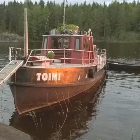 Tugboat adventure travel