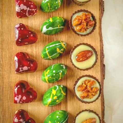 Chocolate bonbons making course