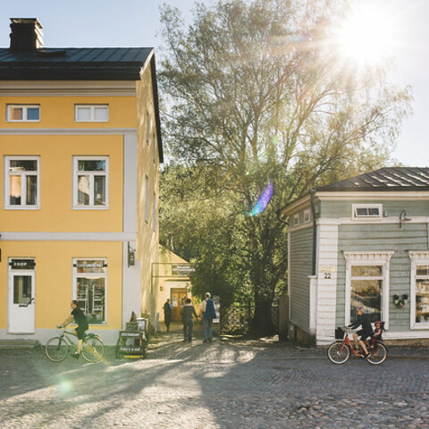 Fascinating Old Porvoo Walk with a local