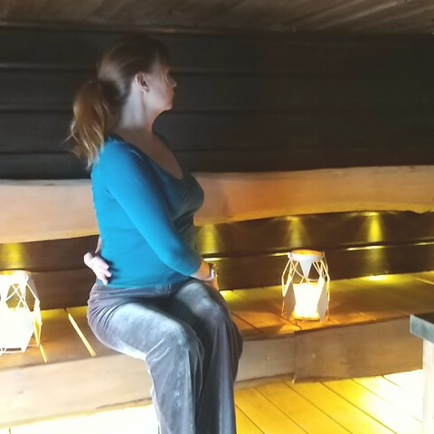 Yoga in sauna
